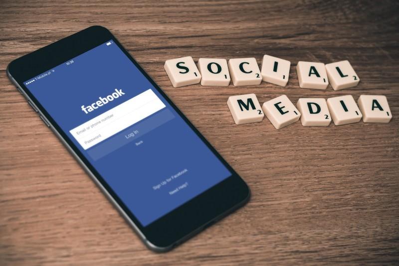 buch_auf_social_media_vermarkten_alex_blog